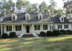 Foreclosed Home in Laurinburg 28352 11400 GLENCOE CIR - Property ID: 3772933