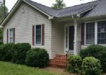 Foreclosed Home in Ruther Glen 22546 299 CRUMP DR - Property ID: 3777527