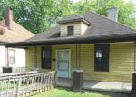 Foreclosed Home in Knoxville 37921 1420 BEAUMONT AVE - Property ID: 3777725