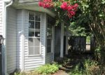 Foreclosed Home in Nashville 37214 923 PATIO DR - Property ID: 3787176