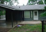 Foreclosed Home in Roseburg 97470 1394 SE RESERVOIR AVE - Property ID: 3790508