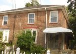 Foreclosed Home in Bridgeport 06610 86 COLONY ST - Property ID: 3805217