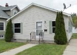 Foreclosed Home in Bay City 48706 1206 N HENRY ST - Property ID: 3806534
