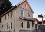 Foreclosed Home in Bridgeport 06605 40 COUSE ST - Property ID: 3806905