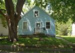 Foreclosed Home in Cedar Rapids 52402 865 14TH ST NE - Property ID: 3816348