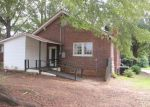 Foreclosed Home in Greenwood 29646 524 BOND AVE - Property ID: 3821331