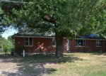 Foreclosed Home in Holts Summit 65043 415 PERREY DR - Property ID: 3824560