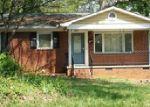 Foreclosed Home in Charlotte 28205 2201 LANIER AVE - Property ID: 3837846