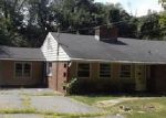 Foreclosed Home in Cheshire 06410 811 MOUNTAIN RD - Property ID: 3839150