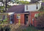 Foreclosed Home in Toledo 43614 1752 YARYAN DR - Property ID: 3848126
