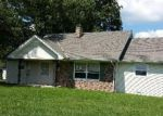 Foreclosed Home in Mount Sterling 40353 4615 CAMARGO RD - Property ID: 3857051