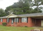 Foreclosed Home in Beulaville 28518 3703 E NC 24 HWY - Property ID: 3862051