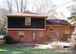 Foreclosed Home in Charlotte 28212 4807 FARM POND LN - Property ID: 3862280