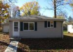 Foreclosed Home in Shelbyville 46176 625 9TH ST - Property ID: 3864193