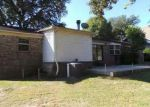 Foreclosed Home in Pensacola 32526 6036 W SHORE DR - Property ID: 3866096