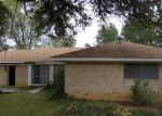 Foreclosed Home in Livingston 77351 819 W JONES ST - Property ID: 3867865