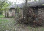 Foreclosed Home in Livingston 77351 1106 DUNBAR AVE - Property ID: 3867881