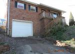 Foreclosed Home in Charleston 25309 905 WILSON ST - Property ID: 3869222