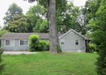 Foreclosed Home in Chattanooga 37421 1738 MORRIS HILL RD - Property ID: 3886061