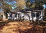 Foreclosed Home in Red Springs 28377 109 KINNY ST - Property ID: 3888265