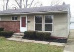Foreclosed Home in Toledo 43607 827 RANCH DR - Property ID: 3889933