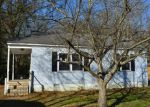 Foreclosed Home in Chattanooga 37415 3947 BIRMINGHAM DR - Property ID: 3890703