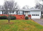 Foreclosed Home in Knoxville 37912 1913 RADIANCE DR - Property ID: 3894321