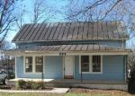 Foreclosed Home in Reidsville 27320 904 BARNES ST - Property ID: 3894697