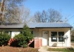 Foreclosed Home in Gadsden 35901 304 ROSLYN DR - Property ID: 3896538