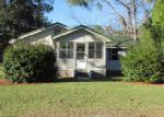 Foreclosed Home in Cottondale 32431 2492 SYFRETT RD - Property ID: 3903983