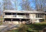 Foreclosed Home in Morristown 37814 1942 BLUEBIRD CIR - Property ID: 3904703