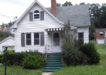 Foreclosed Home in Bluefield 24701 1304 STADIUM DR - Property ID: 3907908