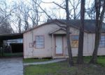 Foreclosed Home in Houston 77049 7410 COLUMBINE LN - Property ID: 3909726