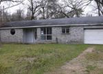 Foreclosed Home in Livingston 77351 328 SUNDANCE TRL - Property ID: 3909740