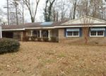 Foreclosed Home in Anniston 36207 905 HAMPTON DR - Property ID: 3910069