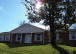Foreclosed Home in Tupelo 38801 1009 HOOVER ST - Property ID: 3913788