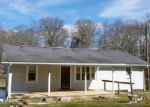 Foreclosed Home in Sweetwater 37874 179 GUFFEY RD - Property ID: 3917539