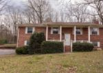 Foreclosed Home in Chattanooga 37416 6734 HARBOR CIR - Property ID: 3926560