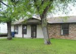 Foreclosed Home in San Antonio 78242 6203 LARK VALLEY DR - Property ID: 3948800