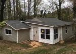 Foreclosed Home in Siloam Springs 72761 23063 LOOKOUT POINT RD - Property ID: 3949864