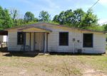 Foreclosed Home in Pensacola 32534 403 W HANNAH ST - Property ID: 3956164