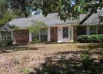 Foreclosed Home in Hot Springs National Park 71901 215 ROBINWOOD ST - Property ID: 3962839