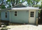 Foreclosed Home in Hendersonville 28792 116 OAKHURST ST - Property ID: 3967336