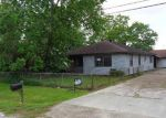 Foreclosed Home in Houston 77015 1408 W VICTORSON ST - Property ID: 3970818