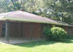 Foreclosed Home in Vicksburg 39180 141 CHOCTAW CIR - Property ID: 3977112