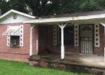 Foreclosed Home in Lafayette 70501 219 N PINE ST - Property ID: 3980526