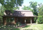 Foreclosed Home in Hutchinson 67502 700 E 71ST AVE - Property ID: 3983361