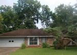 Foreclosed Home in Lafayette 70507 204 CLAUSE LN - Property ID: 3984931