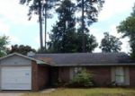 Foreclosed Home in Fayetteville 28314 6635 SUGA CIR - Property ID: 3986171