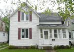 Foreclosed Home in Holland 49423 28 E 17TH ST - Property ID: 3986715